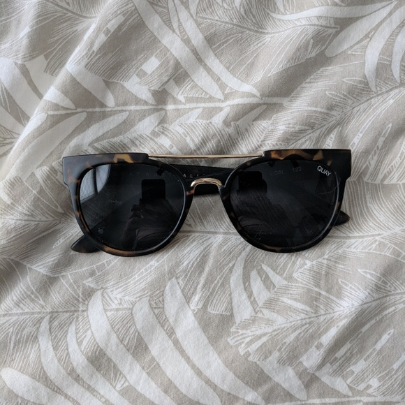 b8c321d93fc Quay Australia Odin Sunglasses. M 5b0dc1d71dffda1dcdfcceac